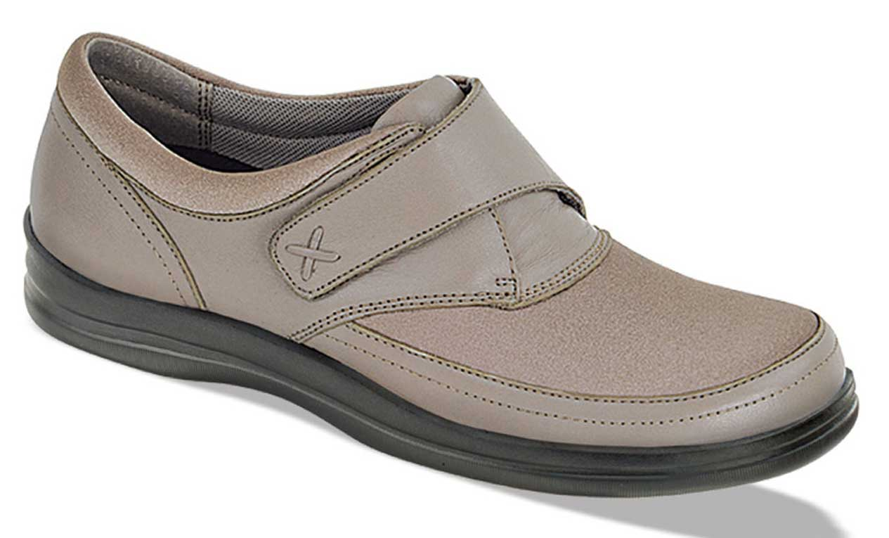 Apex A723W Comfort Casual Walking Shoe