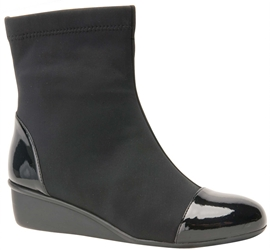 Ros Hommerson Easton - Black Stretch/Black Patent