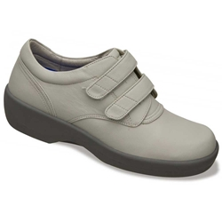 Apex Ambulator 1264W - Casual Walking Shoe